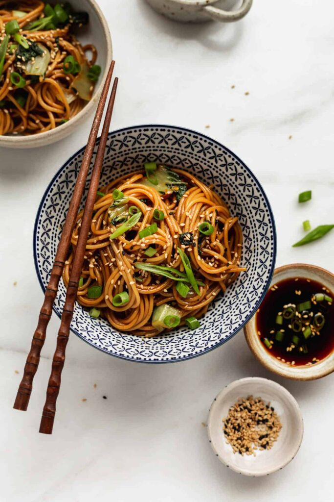 30 Lazy Vegan Recipes – 15 Minute Teriyaki Noodles  Hurry The Food Up