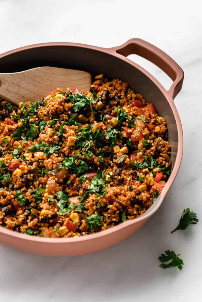 30 Lazy Vegan Recipes – One Pan Mexican Quinoa  Hurry The Food Up