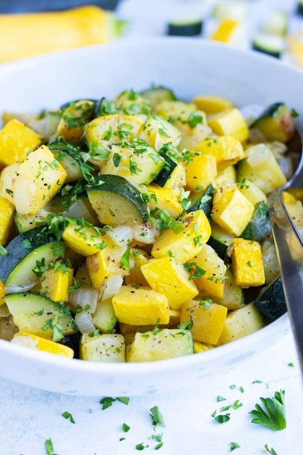 25 Vegan Zucchini Recipes - Sautéed Zucchini and Squash | Hurry The Food Up