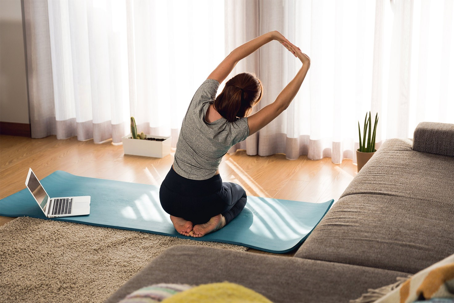 The woman is exercising at home | Hurry The Food Up